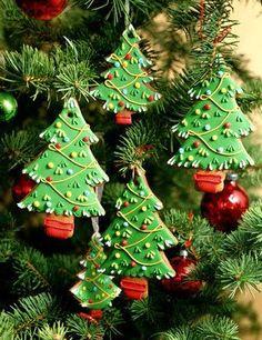 Decoración para arboles de navidad en galleta pintada y decorada