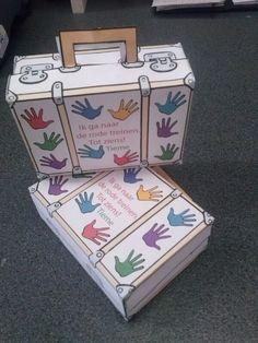 Tieme mag trakteren op de koffertjes met zwaaiende handjes traktatie