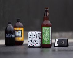 Another sweet shot by the crew over at @craftdglass featuring our Companion wallet and a great selection of craft beer from @garageproject @beanie.sam and @almanacbeer.  jacbarber.com