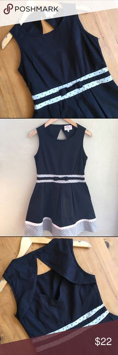 Annie Greenabelle Organic Dress Great condition Organic size 10 zips up side cut out back see pics 100% Organic cotton 33 in long 17 in bust 14 1/4 in high waist measurements from bow down 19 in black with gray and pink accent soft pretty and so so cute💕💕 annie greenabelle Dresses