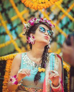 Ideas Wedding Photos With Bridesmaids Bridal Musings Bridal Poses, Pre Wedding Photoshoot, Wedding Poses, Wedding Bun, Hairstyle Wedding, Desi Wedding, Bridal Hairstyles, Bun Hairstyles, Wedding Makeup