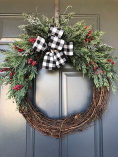 Christmas wreath for front door, christmas wreath, christmas door wreath, christmas wreaths, holiday wreath - Covid Logisn Large Christmas Wreath, Grapevine Christmas, Christmas Wreaths For Front Door, Diy Christmas Ornaments, Holiday Wreaths, Christmas Decorations, Holiday Decor, Handmade Christmas, Homemade Christmas Wreaths