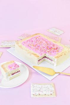 Giant Pop Tart Cake | studiodiy.com