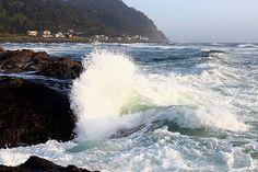 Yachats beach, rocks virtual tour