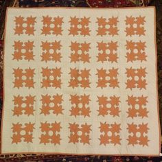 Hand Made and Stitched Autumn Leaves Applique Quilt - : Lot 111
