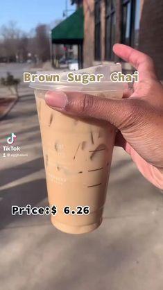 Healthy Starbucks Drinks, Starbucks Secret Menu Drinks, Starbucks Recipes, Starbucks Iced Chai Tea Latte Recipe, Starbucks Cold Coffee Drinks, Smoothie Drinks, Smoothies, Coffee Drink Recipes, Starbuck Drinks