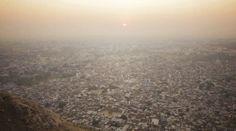 Skateboarding in India: The Golden Triangle (Trailer // Clip)