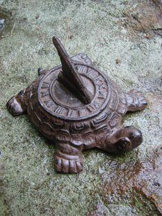 черепаха солнечные часы / Turtle Sundial