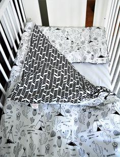Pościel tipi 120x90 czarno-białe i kontrastowe dla niemowląt