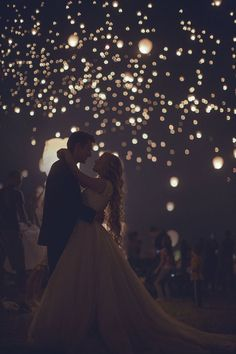Swooned: Vanessa & Spencer: A Tangled-Themed Engagement Shoot at the Lantern Fest