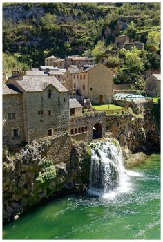 Trip to Lozere in the Gorges du Tarn, Causses and Cevennes Source by SaraTourDuMonde. Reisen In Europa, Discount Travel, South Of France, Beach Trip, Beach Travel, Mykonos, Land Scape, Places To See, Travel Destinations