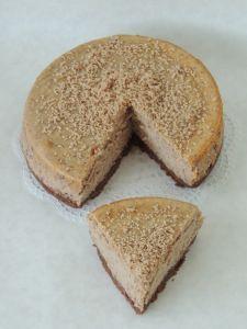 gaštanový cheesecake Cornbread, Baked Goods, Cheesecake, Ale, Birthday Cake, Baking, Ethnic Recipes, Food, Russian Recipes