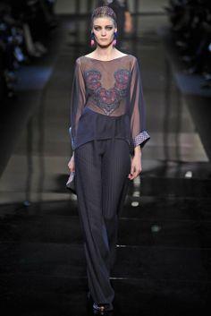 Haute Couture Parigi : tendenze P/E 2014 - www.tentazionelux... #houtecouture #parigi #tendenze #pe2014 #fashion #abito #sfilate #giorgioarmani