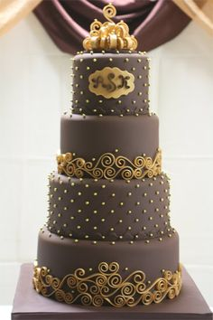 Chocolate with gold patterns wedding cake