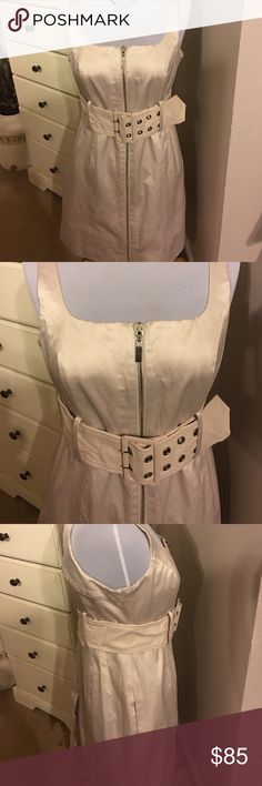 Bebe zipper front dress Bebe zipper front dress size Medium has pockets on sides. Just had dry cleaned only worn once. Like New Condition bebe Dresses Midi