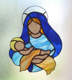 LA VIERGE À L'ENFANT JÉSUS, MADONE, MATERNITÉ Distinguez-vous en offrant ce beau vitrail Tiffany. Cet attrape lumière en verre peut décorer votre maison.25,5 cms x 19 cms - 15288287