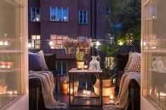 44 Classy Terrace Garden Design Ideas For Valentines Day 44 C. 44 Classy Terrace Garden Design Ideas For Valentines Day 44 Classy Terrace Garde Terrace Garden Design, Small Balcony Garden, Apartment Balconies, Cozy Apartment, Apartment Ideas, Outdoor Spaces, Outdoor Living, Balcony Lighting, Balkon Design