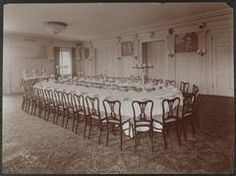 New York City: Interior of the College Room with a large table set for a banquet, at the Hotel Astor, Broadway and Street, circa 1904 New York Hotels, College Room, Vintage New York, Large Table, At The Hotel, Banquet, New York City, Broadway, Table Settings