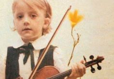 Memento Mori, Violin, Music Instruments, Books, Libros, Musical Instruments, Book, Momento Mori, Book Illustrations