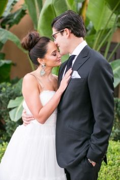 Bride & Groom Wedding Portrait at Pelican Hill Resort   Photo by Birds of a Feather (Photo via Carats & Cake)