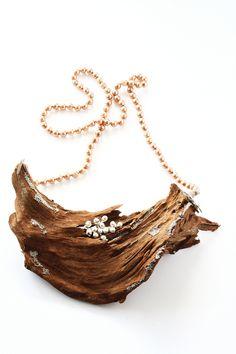 Viktoria Münzker Ferus Necklace: Mother Earth, 2016 Mangrove wood, old plastic… Jewelry Show, Jewelry Art, Jewelry Necklaces, Jewelry Design, Unique Jewelry, Funky Jewelry, Driftwood Jewelry, Wooden Jewelry, Driftwood Ideas