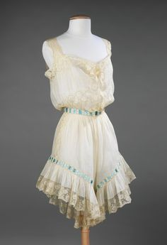 Vintage style and lace