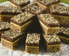 Torte i kolači kokteli slatka jela najbolji recepti za kolače sa slikama recept kremasti kolaci: Kocke s orasima recept sa slikom