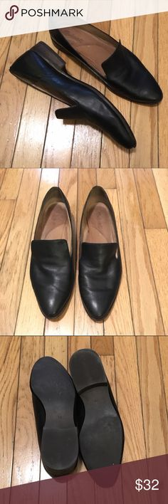 Madewell Orson Black Leather Loafer 10 Madewell Orson Loafer in super soft leather. Product details are in 4th pic. Some wear (most noticeable is tanning of insoles) but kept in good condition by previous owner. Size 10 -- these run about 1/2 size big. Better suited for a medium-to-wide foot. Any questions? Please ask! Madewell Shoes Flats & Loafers