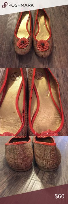 Tory Burch Raffia Flower Flats Good condition flats. Gold with gold leather soles. Orange flower detailing. Left foot has minor scuff on straw as shown in 5th pic. Black stain on orange lining as shown in 2nd pic Tory Burch Shoes Flats & Loafers