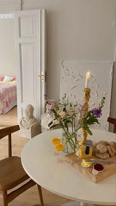 Room Ideas Bedroom, Bedroom Decor, Decor Room, Dream Apartment, Apartment Interior, Room Interior, Aesthetic Room Decor, Aesthetic Art, Dream Rooms