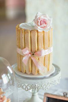 cute wedding cake / Anfelworx Angelle Hafzullah