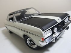 Vauxhall opel commodore GS/E by revell 1:18 scale