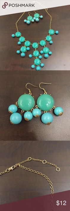 Necklace and earrings set! Perfect spring colors of blue green and turquoise. The necklace length is adjustable. This set is a steal! Jewelry Necklaces