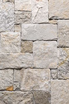 The changing grey canvas of this stone offers a neutral pallet that allows it to be paired with a broad range of other stones in our collection. Up close the subtle orange accents burst to life, softl Stone Exterior Houses, Stone Houses, Modern Exterior, Stone Texture Wall, Paving Texture, Stone Wall Design, Brick Design, Dry Stone, Faux Stone