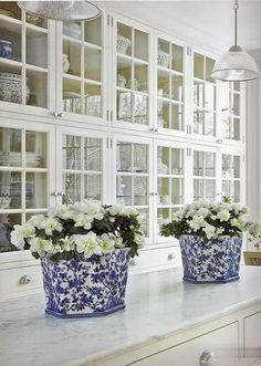 South Shore Decorating Blog: Blue & White Rooms and Very Affordable Blue & White Furniture / Accessories