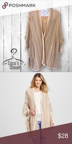 🆕 NWT striped fringed poncho This beautiful 100% cotton poncho is plenty roomy to fit several sizes. It features an open front and arm sleeves. I adore it but never wore it because the color doesn't look so great on me! Size XXL. Necklace is for sale in separate listing. Knox Rose Jackets & Coats Capes