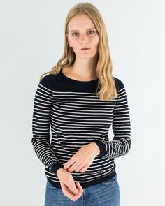 Righe mon amour. Pure merino wool,soft touch. Available on www.lazzarionline.net and in our stores. #Lazzari #LazzariStore #LazzariGirl #stripes #foreverstripes #mariniere