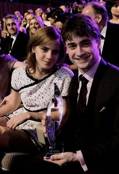 Keeping you up to date with all things Emma Watson since Enjoy! Harry Potter Friends, Harry James Potter, Harry Potter Pictures, Harry Potter Universal, Harry Potter Characters, Hermione Granger, Harry Potter Hermione, Harry Potter Fandom, Harry Potter World
