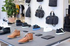 Vienna Guide, Shoe Rack, Oxford Shoes, Walking, Shopping, Women, Milk, Tips, Shoe Racks
