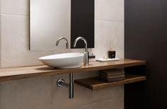 イタリアの〈スカラベオ〉と日本の〈セラトレーディング〉が共同開発した、新作の手洗器《C30》が登場した。