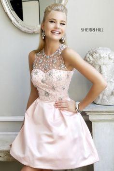 De la nota: Vestidos cortos 2014: ¿Cóctel de día o boda civil?  Leer mas: http://www.hispabodas.com/notas/2341-vestidos-cortos-2014-coctel-de-dia-o-boda-civil-