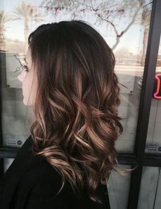 winter balayage hairstyle in soft auburn color! CLASSY? It is! <3 Have a look.
