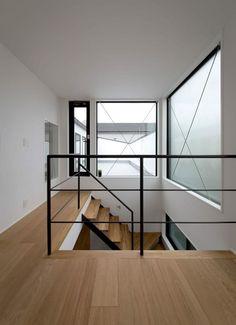 Contemporary Interior Design, Modern House Design, Open Ceiling, Italian Home, Minimal Home, Japanese House, Cuisines Design, Staircase Design, Home Renovation