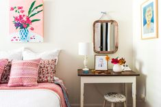 10 Common Things That Belong Nowhere Near Your Bed #bedroom