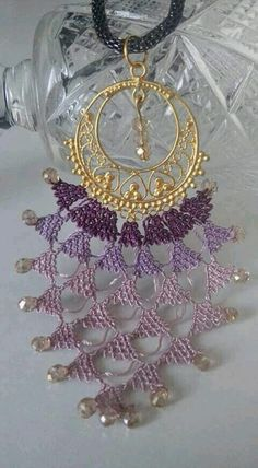 This Pin was discovered by zek Wire Crochet, Thread Crochet, Needle Lace, Bobbin Lace, Drawn Thread, Lacemaking, Point Lace, Fabric Jewelry, Crochet Fashion