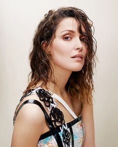 Mary Rose Byrne, Bobby Cannavale, Julie Delpy, Daniel Gillies, Light Of My Life, Beautiful Actresses, Curly Hair Styles, Celebrity Style, Interview