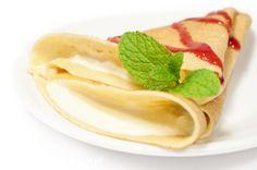 Naleśniki z serem i jogurtem #pancakes #nalesniki  http://www.wszelkieprzepisy.pl/nalesniki-z-serem/nalesniki-z-serem-i-jogurtem