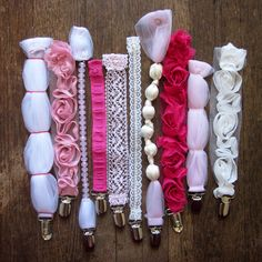 pacifier clips. cute diy baby shower gift! I loveeeeeee these!!!!
