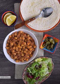 13 receitas veganas ricas em proteínas vegetais para celebrar o Dia Mundial do … – Dünya mutfağı – Las recetas más prácticas y fáciles Veggie Recipes, Dog Food Recipes, Vegetarian Recipes, Cooking Recipes, Healthy Recipes, Food Stamps, Raw Vegan, Vegan Food, Food Food