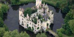 Nouvelle-Aquitaine: le château poitevin de La Mothe-Chandeniers sauvé des eaux par 6 500 internautes #crowdfunding #France